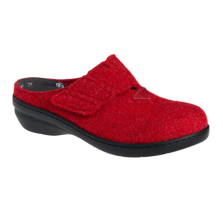 de9187c2c56 New Feet hjemmesko uden hælkappe, i rød uld og med en lille hæl.
