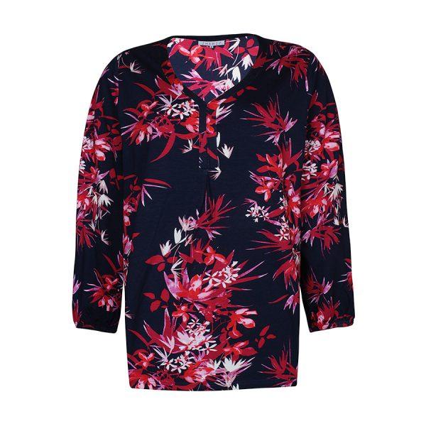 Lækker Zhenzi Datura bluse i en flot rød farve.