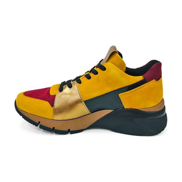 Super smart sneakers fra Tamaris i flere farver.